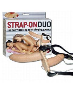 Strap-On Duo, Strap-On Ja Klitoriskiihottimet